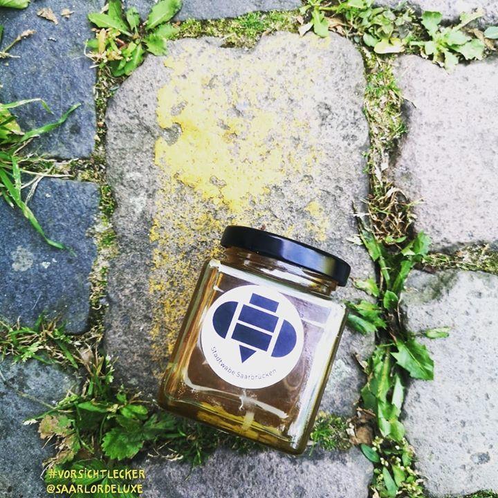 Jemand #vorsichtlecker Honig zum Frühstück Der
